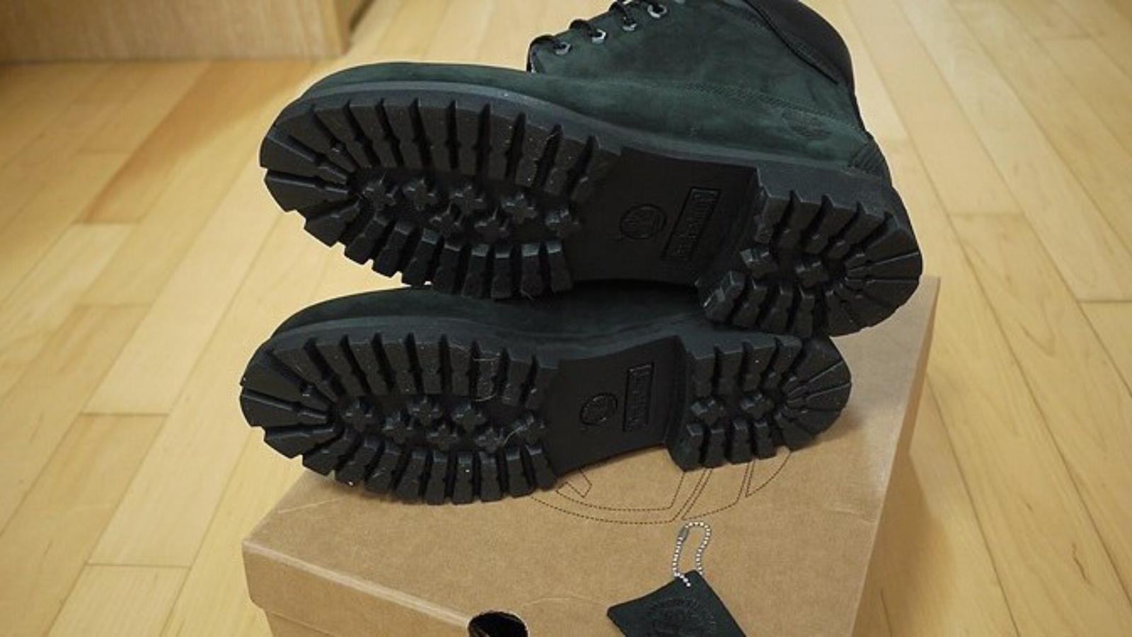 Timberland Black Nubuck Premium Boots Shoes NIB Men's