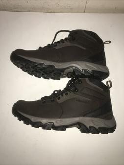 Columbia Mens NEWTON RIDGE PLUS II, Cordovan, Squas, 9